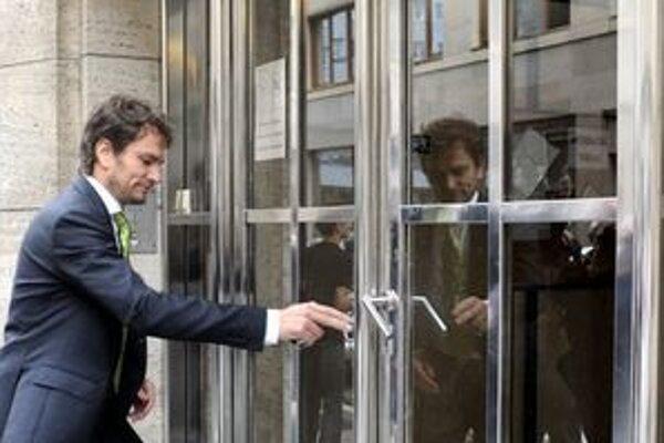 Matovič prichádza na Generálnu prokuratúru.