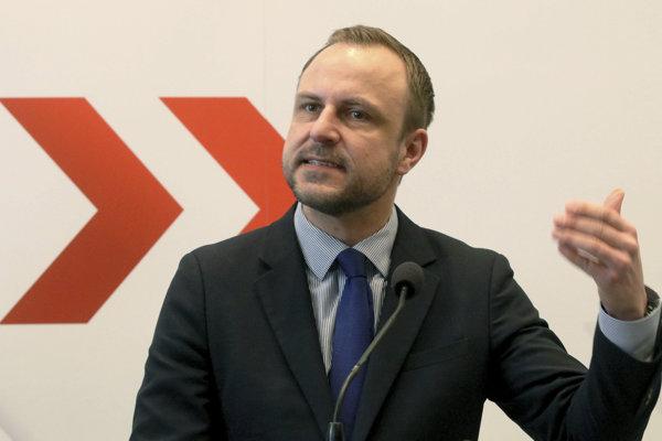 Peter R. Neumann.