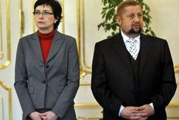 Lucia Žitňanská a Štefan Harabin pri menovaní nových sudcov.