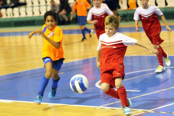 Na minulom ročníku turnaja rozhodli vo finále medzi Chrenová a V. Zálužím až penalty.