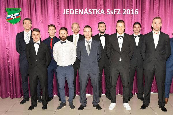 Jedenástka roka 2016 SsFz. Sú vnej Tomáš Smataník (prvý zľava horný rad) aMatúš Otruba (prvý zľava spodný rad).