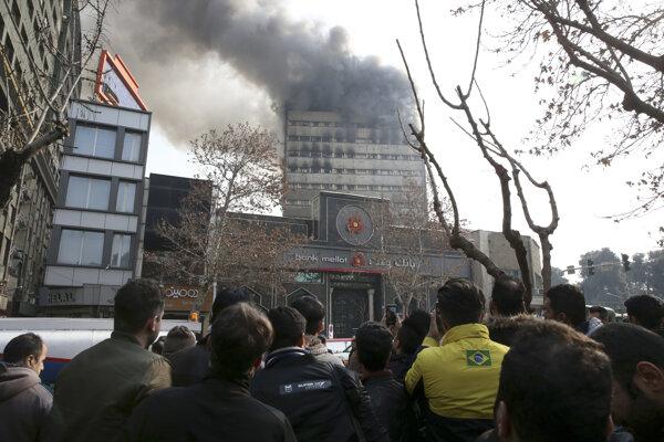 Budova Plasco je veľmi stará, leží na juhu Teheránu a ide o jednu z najstarších budov v meste.