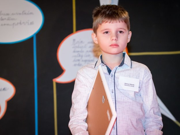 Samko Bezák. Malé chlapča prejavilo veľkú odvahu pri záchrane dedka.