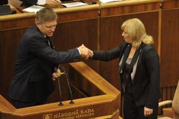Najdlhšie prejavy k vládnemu programu mali Robert Fico zo Smeru a Anna Belousovová z SNS.
