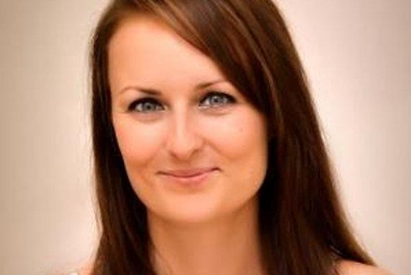 Silvia Jezerská rozvíja príbehy svojich kníh v Trnave.