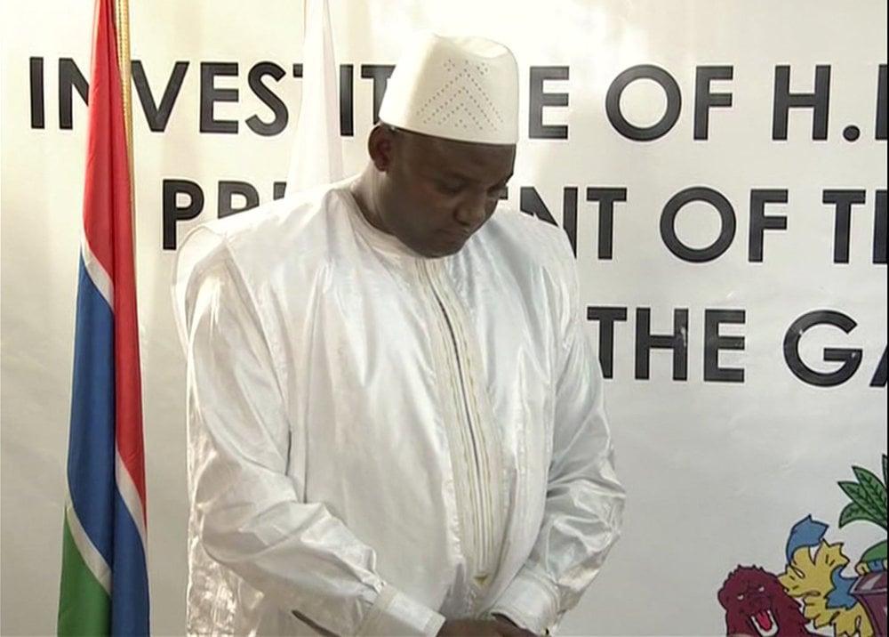 Gambijské voľby pomerne prekvapujúco vyhral Adama Barrow.