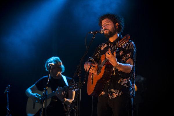 Posledný koncert Josého Gonzáleza na Slovensku prerušila búrka.