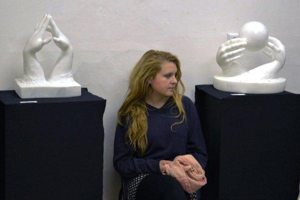 Veronika Bianchi svoje diela vystavuje v Karpaty Art Gallery v Handlovej.
