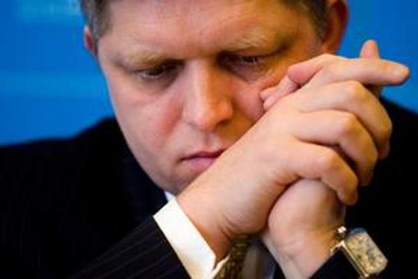 Fico očakáva, že problém so žalobami vyrieši ministerka spravodlivosti Viera Petríková.