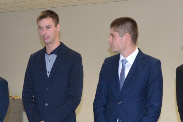 M. Bujňák (vľavo).