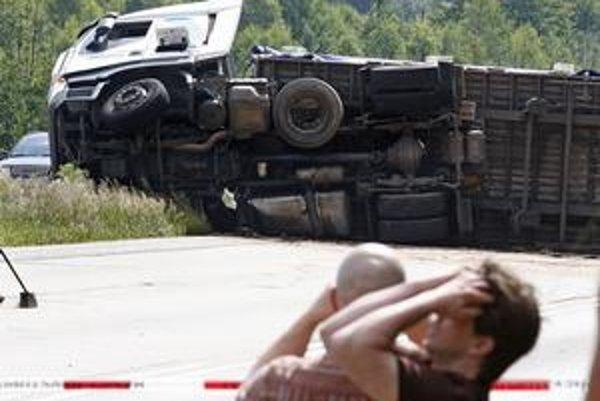 Po tragickej dopravnej nehode môžu pozostalí vysúdiť niekoľkonásobne nižšie odškodné ako politici za ohováranie.