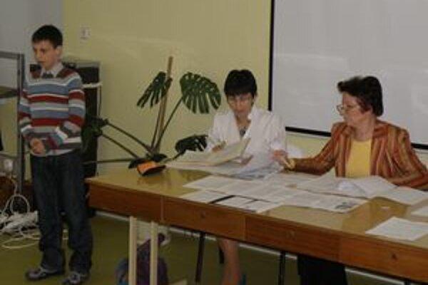 Recitovanie je obľúbené hlavne u mladších žiakov.