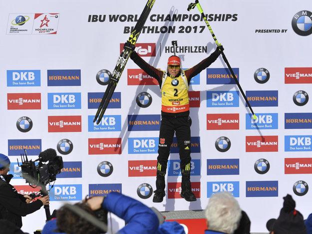 Nemka Laura Dahlmeierová si vybojovala na biatlonových MS v rakúskom Hochfilzene v stíhacích pretekoch zlatú medailu.