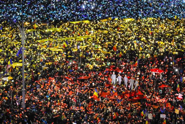 Miestne médiá odhadli, že účastníkov bolo približne 50.000.