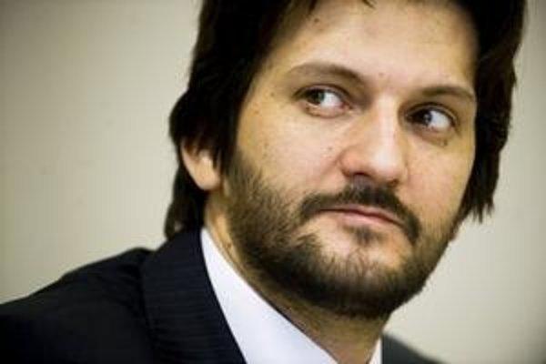 Robert Kaliňák odmieta zverejniť videozáznam z futbalového zápasu v Dunajskej Strede