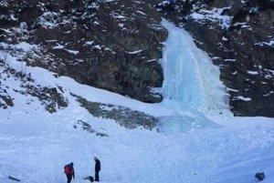 Pád lavíny.