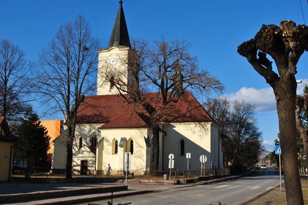 Verejnosť môže hlasovať aj za sochu Ukrižovaného Krista v Kostole sv. Martina v Lipanoch.