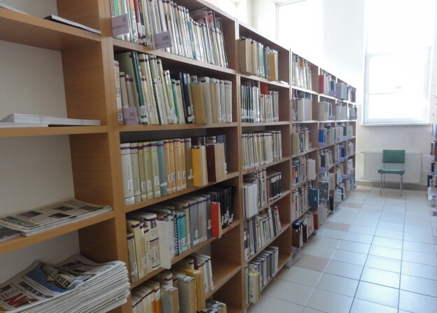 Nové oddelenie regionálnej literatúry je v priestoroch študovne.