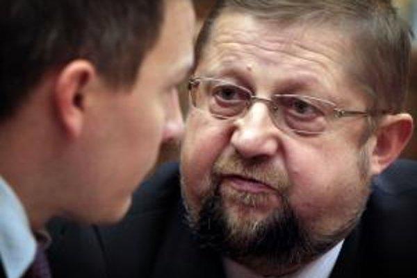 Minister spravodlivosti Štefan Harabin v družnom rozhovore s ministrom financií Jánom Počiatkom.
