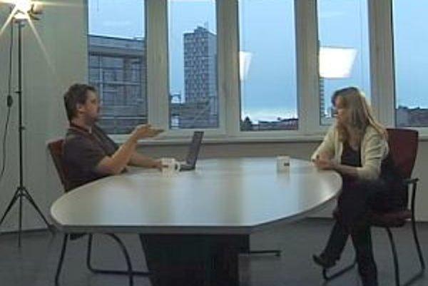 Výkonná riaditeľka Spoločnosti pre plánované rodičovstvo Oľga Pietruchová v diskusii s Karolom Sudorom.