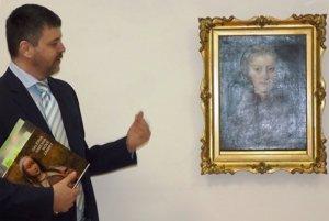 Prehliadka výstavy bola obohatená komentárom kurátora výstavy Martina Šugára