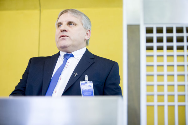 Neúspešný kandidát ĽSNS na ombudsmana Anton Čulen.