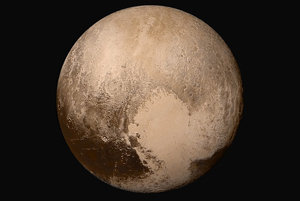 Plutove štruktúry ponesú mená bohov a bohýň a iných postáv z podsvetia, ale tiež miest, hrdinov a prieskumníkov ríše mŕtvych. Niektoré časti sa budú volať podľa vedcov a inžinierov spájaných s Plutom a Kuiperovým pásom a po priekopníckych misiách a vesmírnych lodiach.