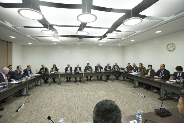 Sýrske mierové rokovania v Ženeve.