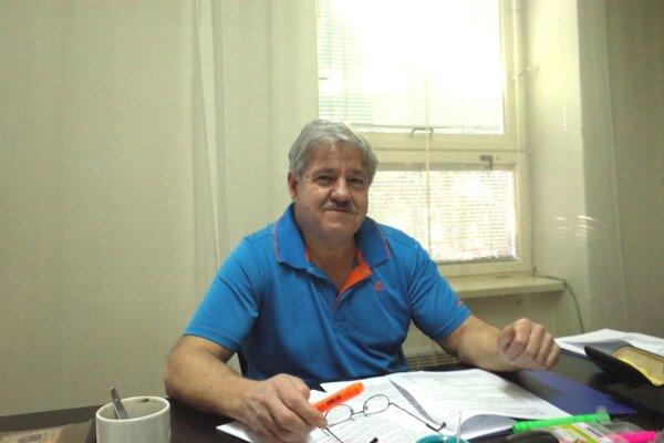 Zastupujúci starosta Juraj Boďa je zároveň aj poslancom.