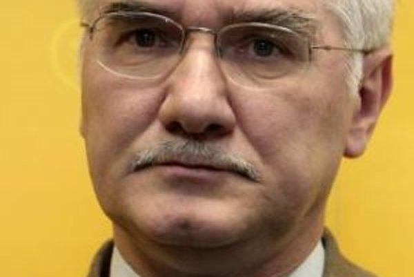 Europoslanec Miroslav Mikolášik.