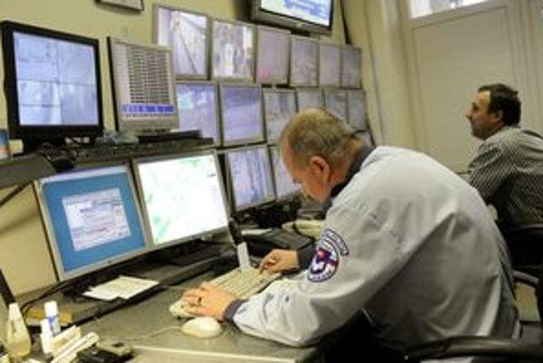 V Prievidzskom okrese je v súčasnosti viac ako dvesto chránených dielní a pracovísk.