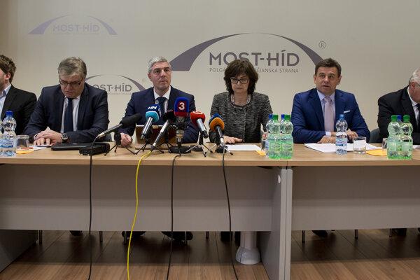Zasadnutie Republikovej rady Most-Híd pre župnými voľbami.