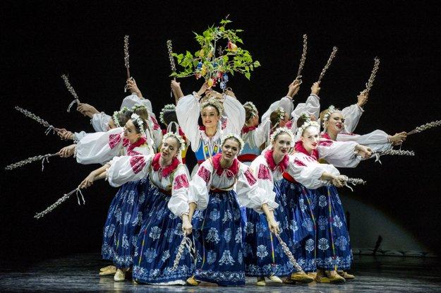 Na Slovensku máme stovky folklórnych skupín a súborov.