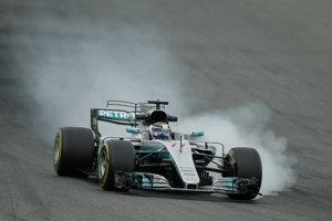 Valtteri Bottas ukázal v Mercedese skvelú rýchlosť.