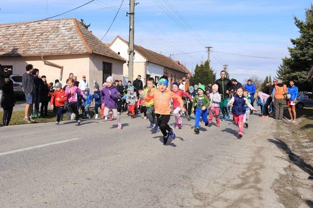 Súčasťou bežeckej nedele boli aj rámcové súťaže najmenších adeptov.