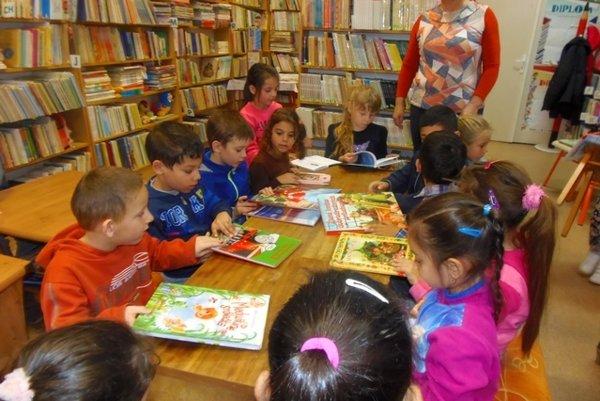 Zemplínska knižnica vTrebišove sa opäť zapojila do akcie Týždeň slovenských knižníc.