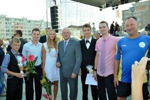 Ocenenie primátorkou Lučenca a vtedajším prezidentom.