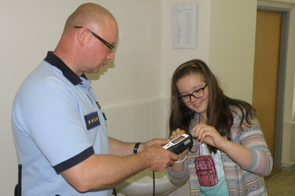 Prievidzskí mestskí policajti venujú veľkú pozornosť aj preventívnym aktivitám.
