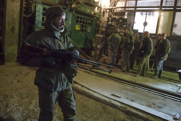 Proruskí separatisti znárodnili bane, ktoré vlastnil najbohatší Ukrajinec Rinat Achmetov.