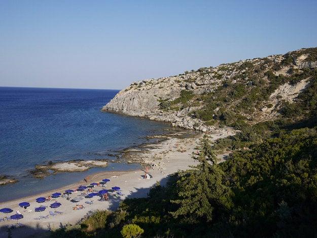 Pláž pri populárnom Faliraki.