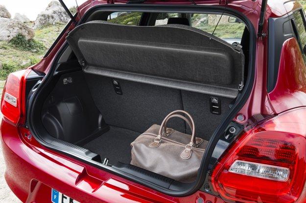 Batožinový priestor s vysokou vnútornou nakladacou hranou má teraz 265 l, čo znamená nárast o 54 l.
