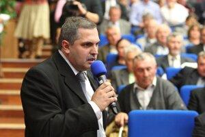 Spisovateľ a člen výboru Matice Roman Michelko je jedným z troch kandidátov na šéfa Matice.