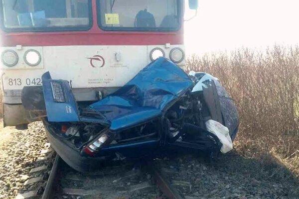 Následky nehody na železničnom priecestí FOTO: TS