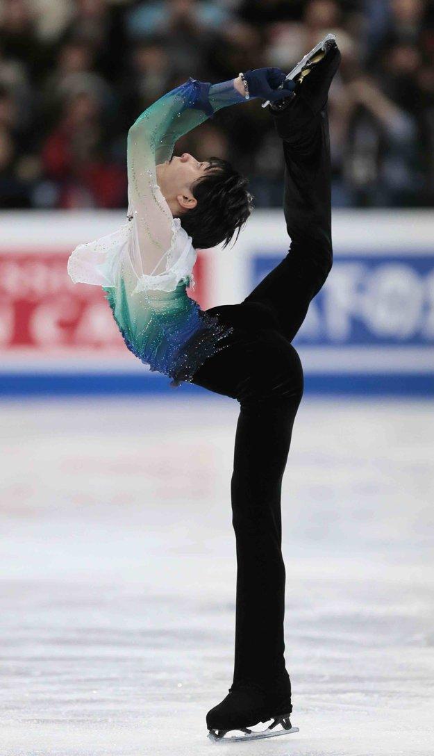 Juzuru Hanju predviedol skvelý výkon.