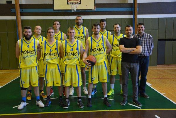 Basketbalisti BK Domov Topoľčany.