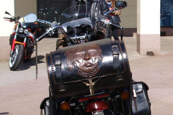 V centre Žiaru sa stretnú motorkári.