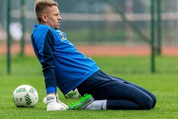 Matúš Putnocký je oporou Lechu Poznaň. Jeho poľský klub atakuje najvyššie méty vligovej aj pohárovej súťaži.