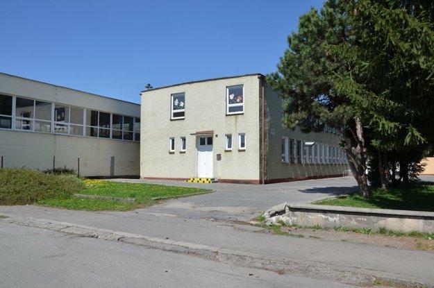 Základná škola na Holého má pred sebou posledné dni.