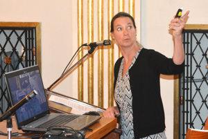 Martha Mendoza prednášala v posluchárni UPJŠ.