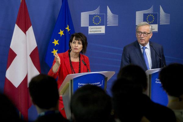 Švajčiarska prezidentka Doris Leuthardová a predseda Európskej komisie Jean-Claude Juncker.